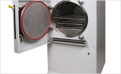Small footprint autoclave