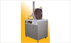 Top loading autoclaves for small labs